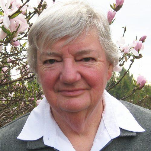 Dr Pat Bazeley